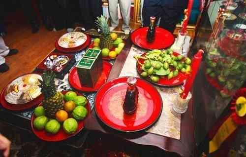 Ăn Hỏi Có Bao Nhiêu Tráp Và Lễ Đen Là Gì?