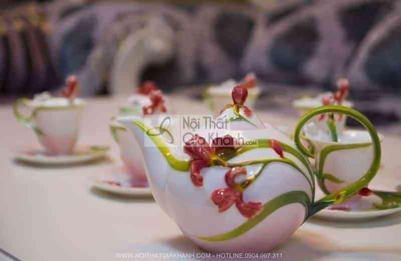 Bộ ấm chén pha trà sang trọng và đẳng cấp 06047 - bo am chen pha tra sang trong va dang cap 06047 2