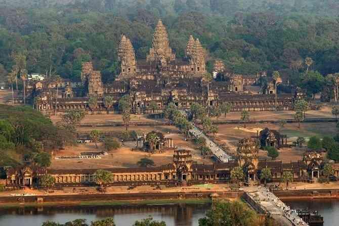 Tìm hiểu các công trình kiến trúc cổ đại phương Đông - Đền Ăng-Co