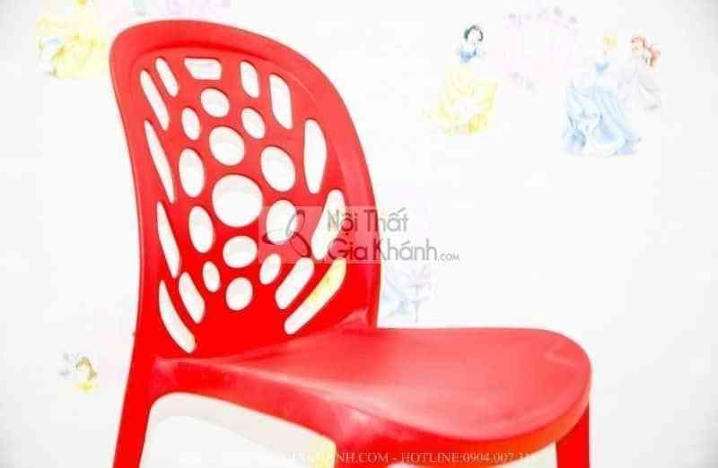 Ghế nhựa học sinh nhập khẩu màu đỏ CK3