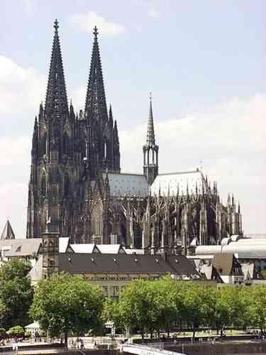 Những công trình kiến trúc Gothic nổi tiếng toàn thế giới - Nhà thờ Cologne