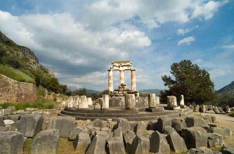 Những công trình kiến trúc Hy Lạp cổ điển nổi tiếng thế giới - nhung cong trinh kien truc hy lap co dien noi tieng the gioi 6