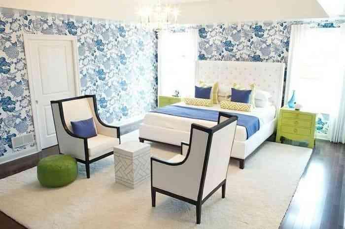 Phòng ngủ màu xanh lá cây và trắng