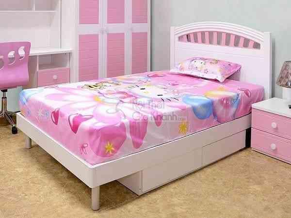 Phòng ngủ xinh xắn cùng mẫu giường ngủ màu hồng