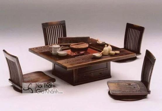Mẫu bàn ăn ngồi bệt có ghế tựa