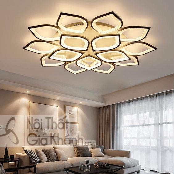 Mẫu đèn ốp trần này phù hợp với không gian rộng rãi và tinh tế.
