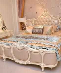 Bộ giường ngủ màu trắng tân cổ điển BN8818H