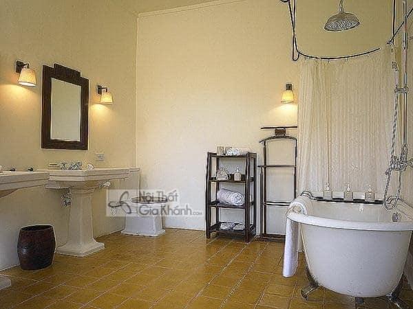 Mẫu đèn trang trí cho nhà tắm, nhà vệ sinh hiện đại