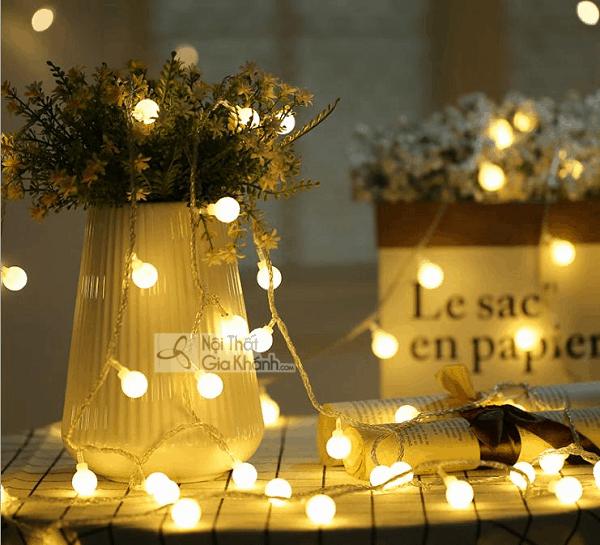 Nhìn Mẫu Đèn Trang Trí Noel Này, Cứ Ngỡ Giáng Sinh Đã Về Đến Ngõ!