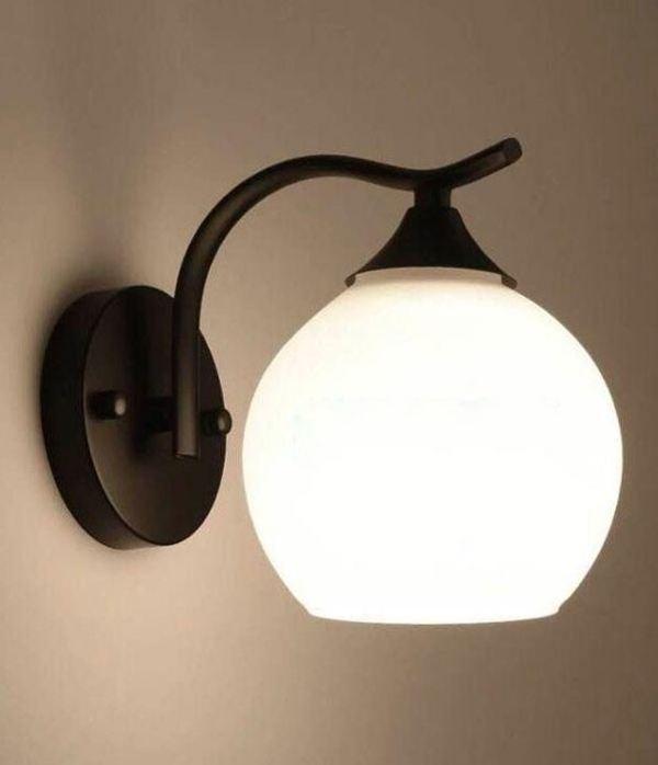 Đèn trang trí cột bóng tròn tinh tế