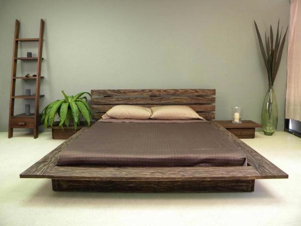 Giường gỗ tự nhiên có chân thấp độc đáo