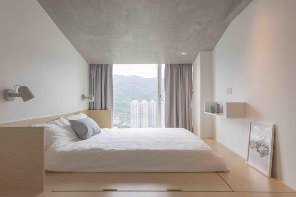 Giường thấp có nệm êm ái