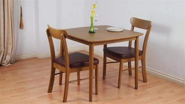 Chọn bàn ăn phù hợp thiết kế