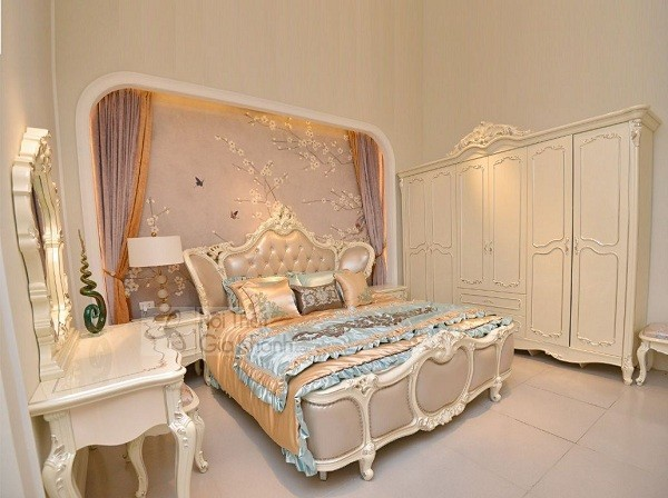 Bộ giường tủ nhập khẩu màu trắng kem
