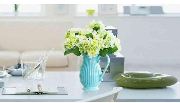 Bình Cắm Hoa Đẹp Theo Kiểu Bình Đựng Nước