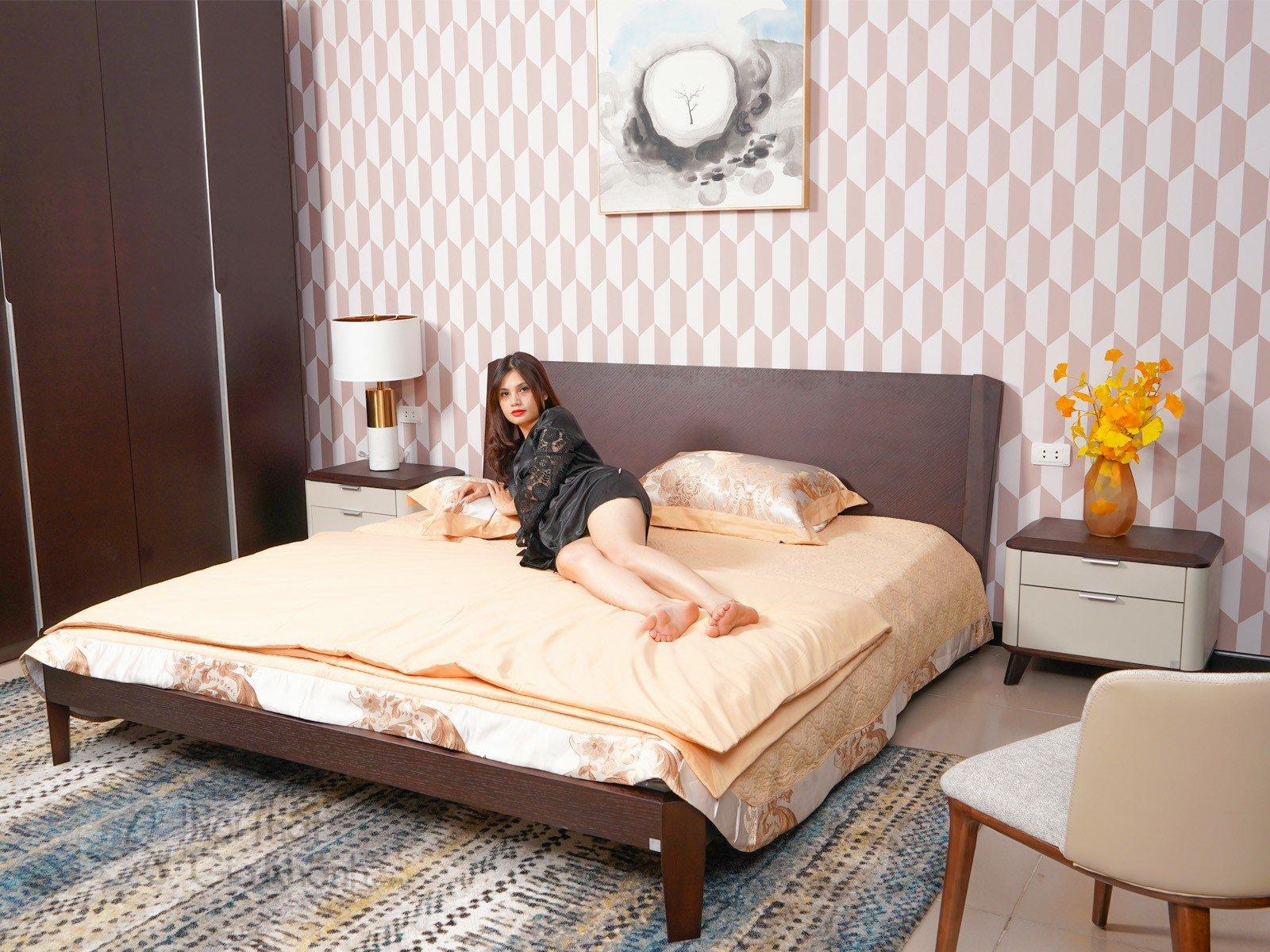 Giường Ngủ 1M8 Hiện Đại Gỗ Tự Nhiên Sang Trọng Gi1806-18