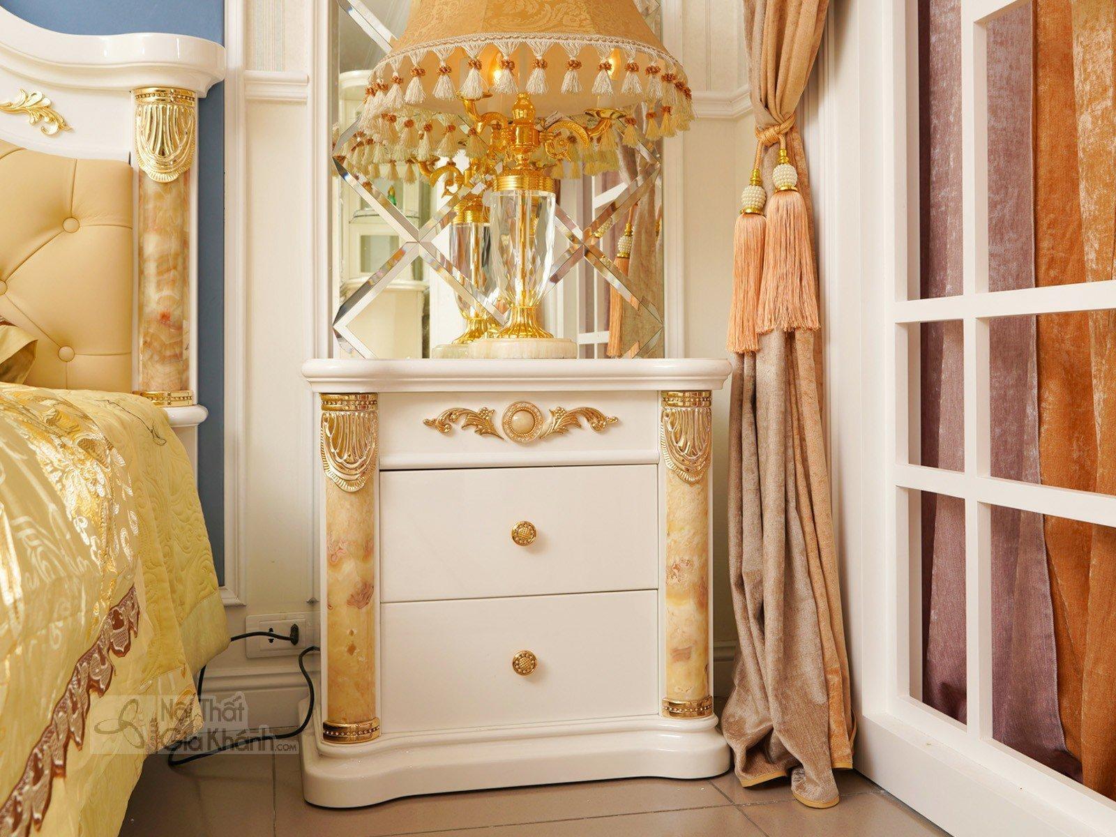 tap dau giuong tan co dien 3028B 630x450x610 - Tủ đầu giường gỗ cao cấp phong cách hoàng gia TA3028